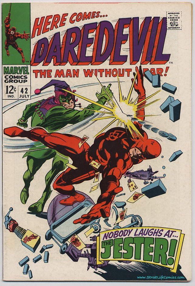 Image of Daredevil 42 provided by StreetLifeComics.com